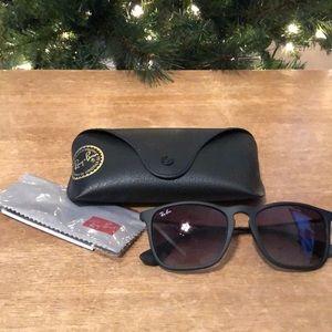 Ray Ban Chris Sunglasses RB 4187